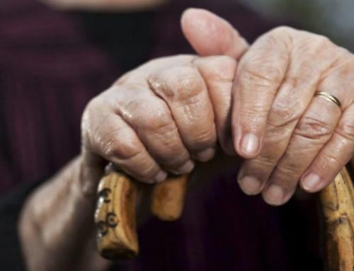 La discrimination des aînés plus présente qu'on le pense au Canada